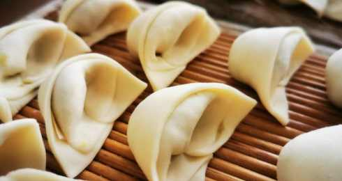 今天挖野菜包饺子,谁认识?