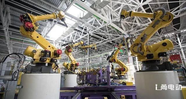 通过代工的方式弥补整车制造,造车新势力找到了生产捷径
