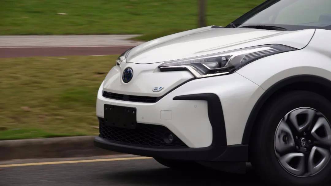 0~50km/h加速3.4秒,试驾广汽丰田C-HR EV
