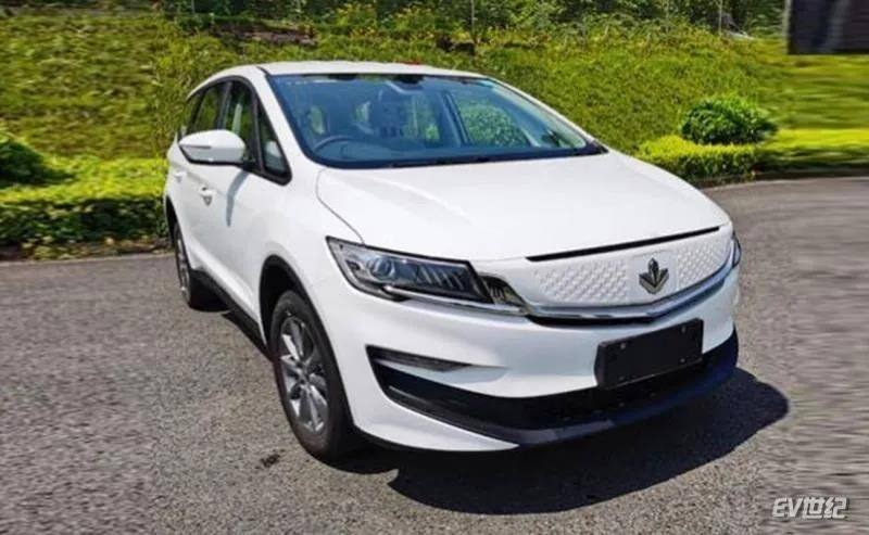 枫叶汽车将推出第二款产品 根据嘉际打造而来的纯电动MPV